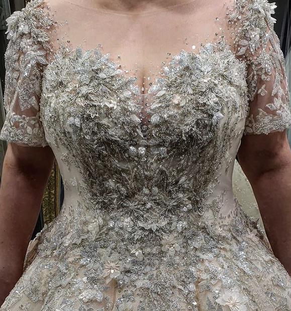 2021년 신상 하이엔드 빅사이즈 웨딩드레스 입고가 완료되었는데, 그 고급스러움에 눈이 부실정도네요